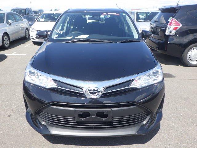 2018  Black Toyota Fielder